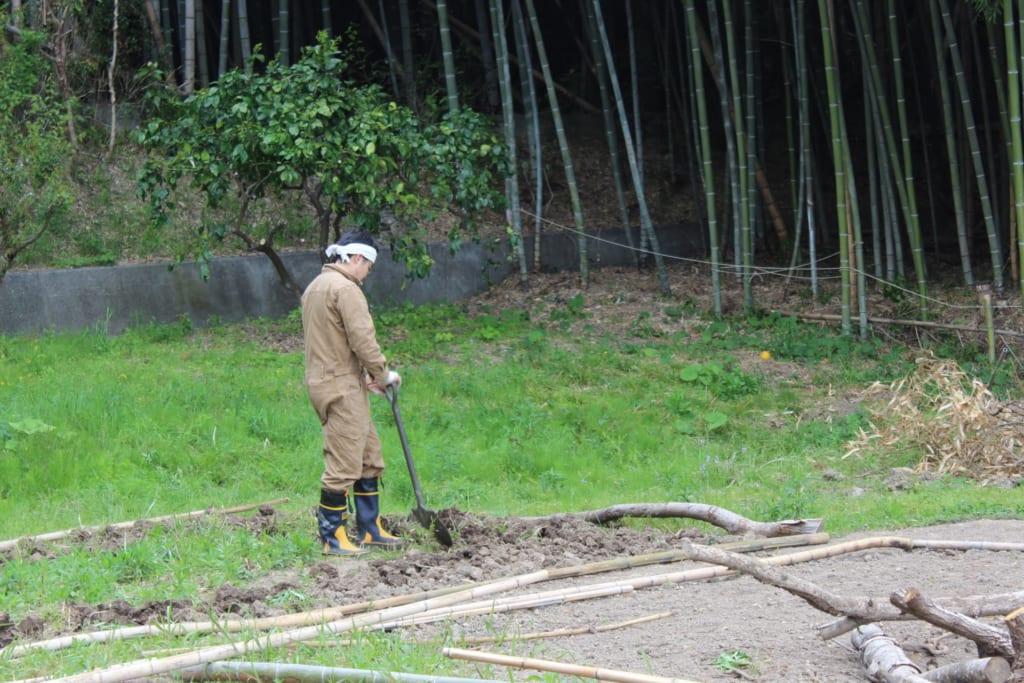 社会インフラに依存しない、豊かな暮らし|実践者である長濱さんが語る半農半Xの魅力とは